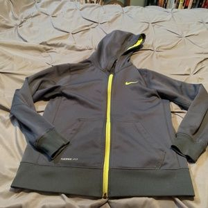 NIKE THERMA Fit Boy's Gray Full Zip Jacket. Size L